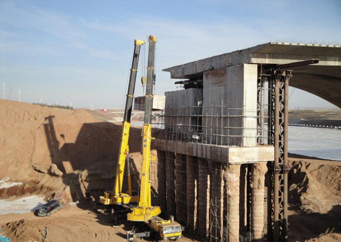 呼和浩特高速公路防撞梁切割方案更具体